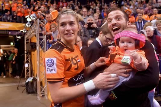 Estavana Polman, Raphaël van der Vaart en hun dochter Jesslynn.