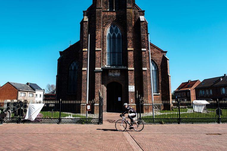 Boechout in lockdown. Sint-Jan Kerk Vremde.