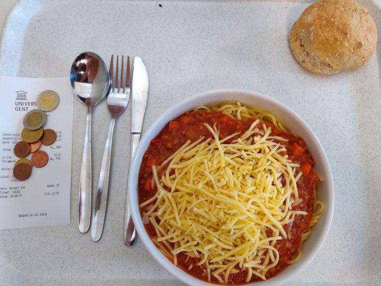 De spaghetti bolognese in studentenresto Kantienberg.