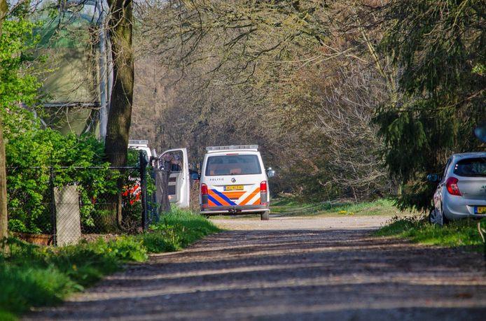 De politie kwam in totaal met vijf wagens.