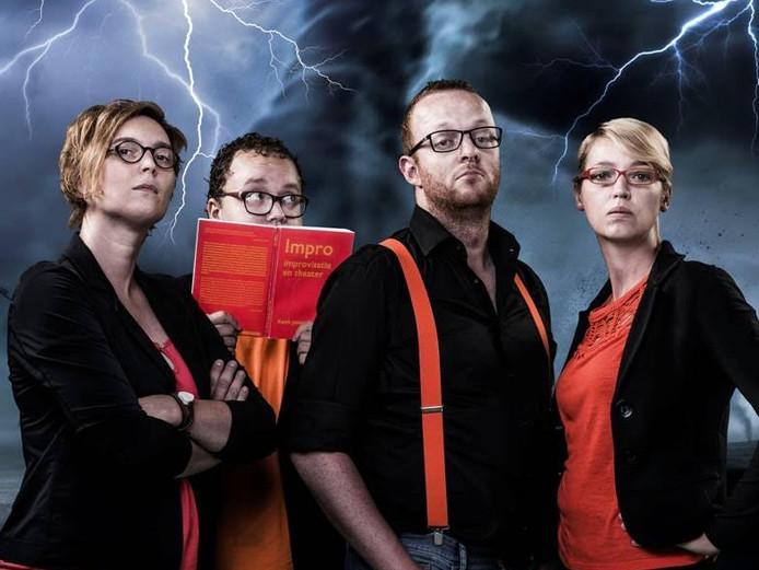 Storm op komst is een improvisatie theatergroep uit omgeving Bergen op Zoom / Roosendaal.