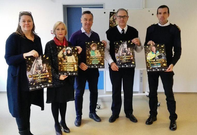 V.l.n.r. : Suzy Dreesen, Vera Celis, Luc Peetermans, Jan Peelaerts en Koen Bollen.