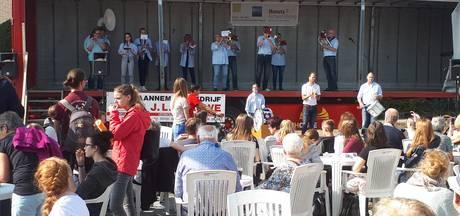 Drukte tijdens zeventiende Dweilbandfestival in Hansweert