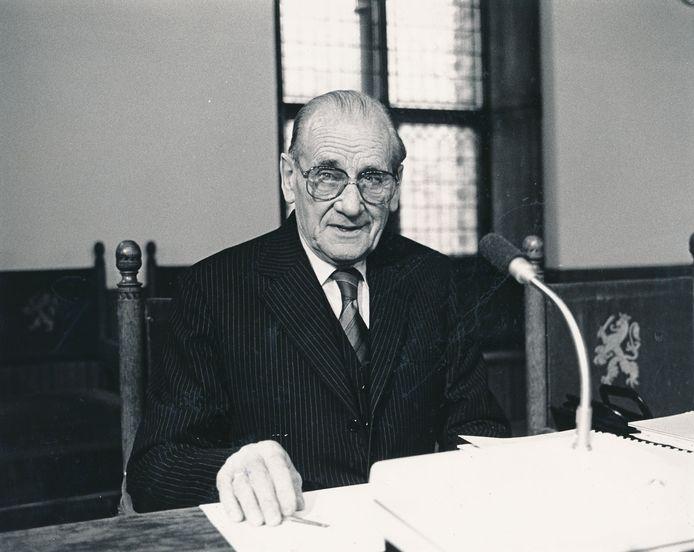 Econoom Albert Winsemius in 1984. Zijn invloed op het hedendaagse Singapore is ook vandaag de dag nog te merken, ziet Niek Druijff