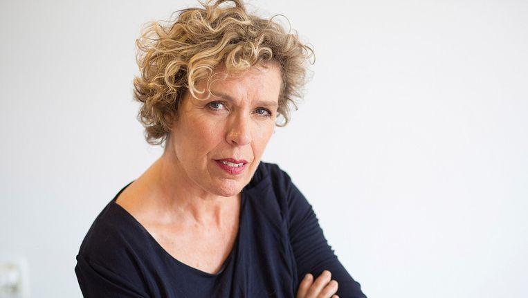 Schrijfster en journalist Ineke Holtwijk. Beeld Katrien Mulder