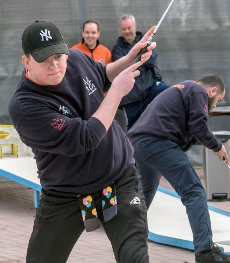Interland Nederland-België in Putten: 'Een campingsport? Nee joh, dit is bloedserieus!'