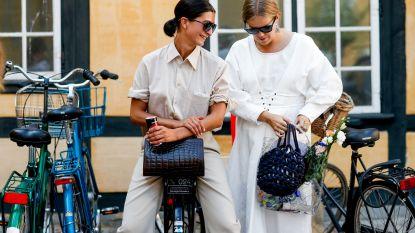 Zwart of wit: wat is nu de beste kledij bij warm weer?