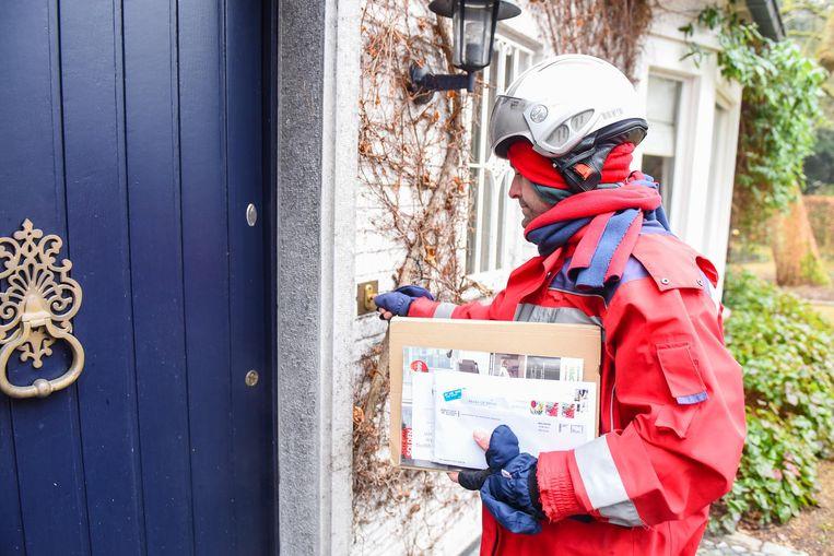 Ook postbode wordt door de vakbonden vermeld op de lijst van zware beroepen.