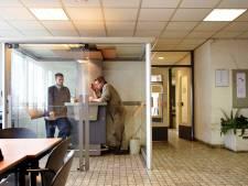 Een op de vijf Nederlanders wil minder loon voor rokers