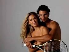 Bar Refaeli pose topless avec Rafael Nadal (vidéo)