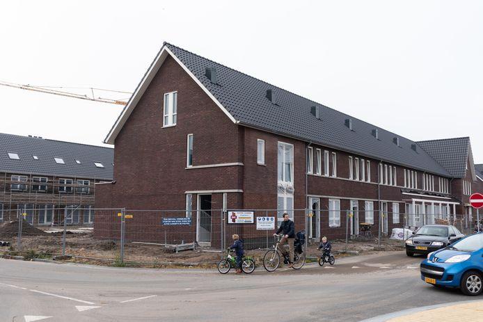 De Zijdehoenderlaan in de wijk Eilanden-Oost in aanbouw.