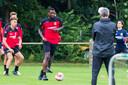 Douglas traint mee bij Go Ahead Eagles.