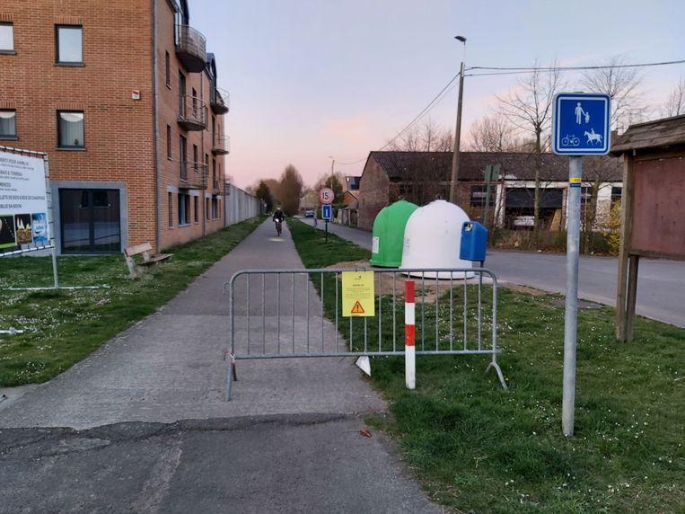 Het Ravelfietspad in Zétrud-Lumay afgesloten. Dit is de rechtstreekse fietsverbinding met Hoegaarden