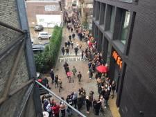 Duizenden meisjes bij 013 in de rij voor Fource, de jongste boyband