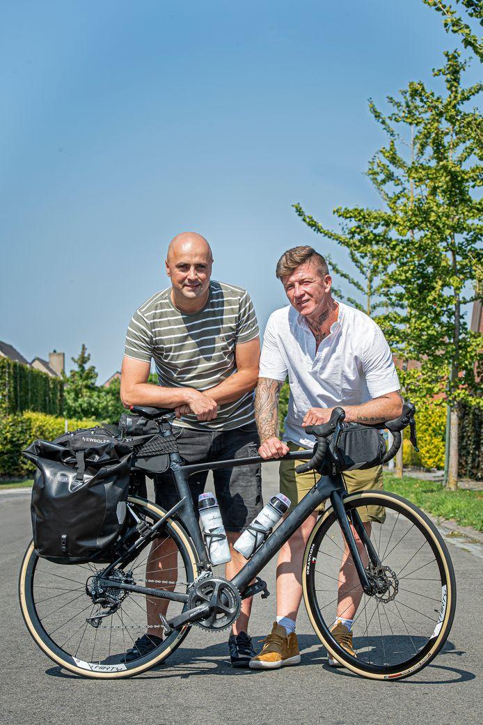 Lorenzo Bruyneel en Frederik Van Allemeersch zijn klaar voor hun toch naar Santiago de Compostela