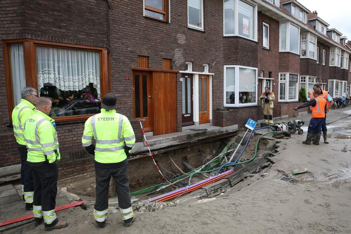 D66 en VVD stellen vragen over de wateroverlast in Rotterdam-Overschie.