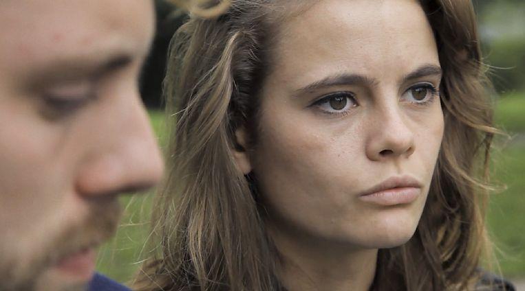 Matthijs Ijgosse als Joris en Stefanie van Leersum als Sara in Zes Dates. Beeld Google images