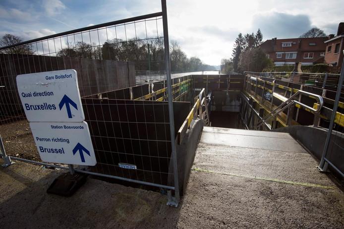 Les travaux du RER à la gare de Watermael Boitsfort.
