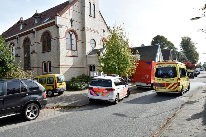 Het slachtoffer is met onbekende verwondingen naar het ziekenhuis gebracht.