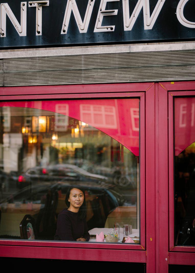 Julie Ng: 'Het Chinees-Indisch restaurant is misschien een verzamelplaats van stereotypen, maar heeft voor beide kampen goed gewerkt.' Beeld Marc Driessen