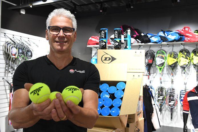 Maurice van Neerven krijgt toch een tegemoetkoming van loonkosten voor zijn Sport 2000-winkel in Boxmeer.