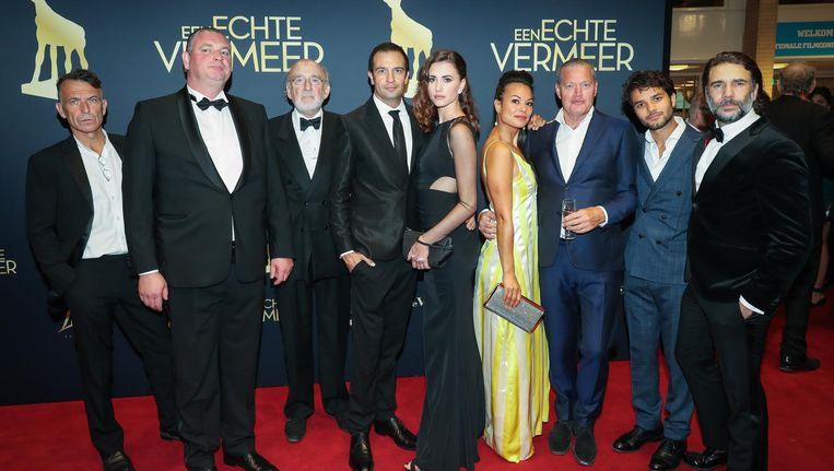 De cast van 'Een echte Vermeer', die deze week in première ging. Beeld anp