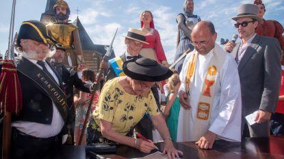 Reuzen Diederik en Beatrijs van Massemen nu ook officieel gedoopt tijdens apotheose 1000 jaar Massemen