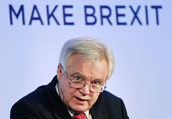 Brexitminister David Davis wil niet zomaar betalen wat de Europese Unie wil. Dat liet hij vandaag weten.