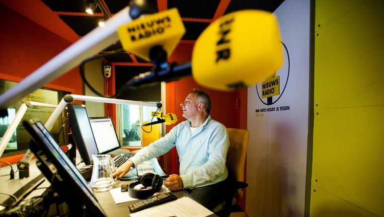 Tom van 't Hek presenteert het ochtendprogramma op BNR Nieuwsradio. Beeld anp
