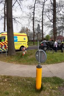 Fietser raakt in Dalfsen gewond bij aanrijding met auto