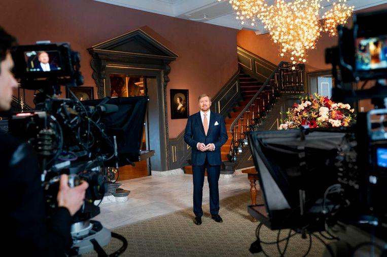 De koning sprak zijn toespraak uit in de hal van Paleis Huis ten Bosch. Beeld RVD