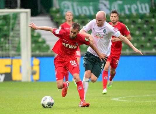 Klaassen in duel namens Werder Bremen.