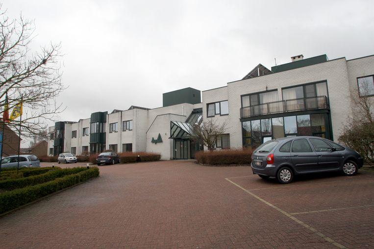 Het woonzorgcentrum Keienhof moet op zoek naar een nieuwe directeur.