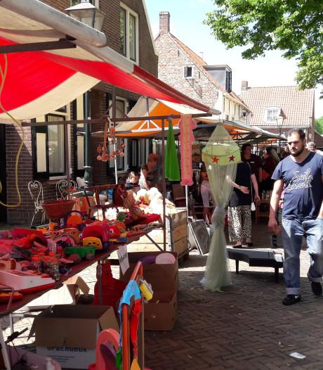Gezellige rommelmarkt op Biggekerksedag brengt  leuk bedrag voor goede doelen op