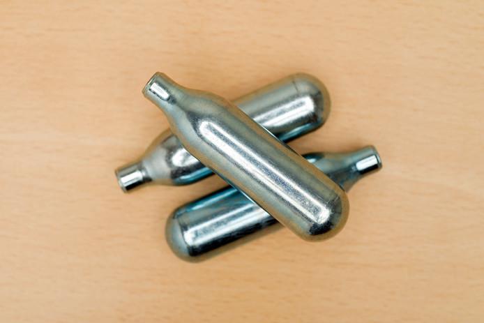 Lachgas-cartridges.