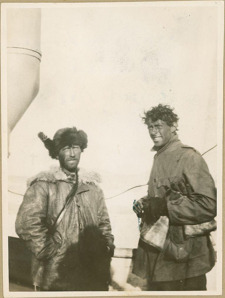 Gennaro Sora (links) en Sjef van Dongen in 1928. Samen zochten ze naar overlevenden van de zeppelin Italia. Beeld Zeeuws Archief, Verzameling Sjef van Dongen