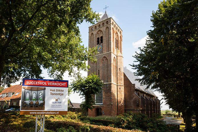 Het Dikke Torentje aan de Wakkerendijk in Eemnes is verkocht.