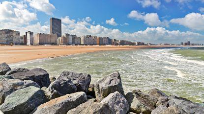 """""""Vijftig euro per dag"""": tweedeverblijver dagvaardt overheid zolang hij niet naar Belgische kust kan"""