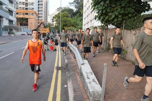 De lokale regering van Hongkong zegt niet te hebben gevraagd om hulp van de Chinese soldaten.