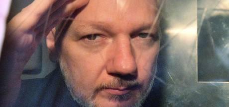 Zweden vraagt Britten om arrestatie van WikiLeaks-oprichter Assange in verkrachtingszaak