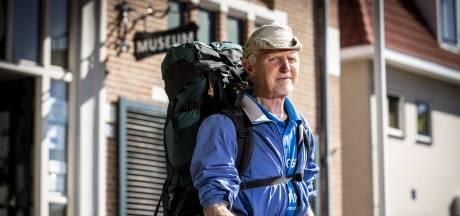 Wat een kater: wandelkoning komt na 1.150 kilometer sjouwen uit Twente Rusland niet in