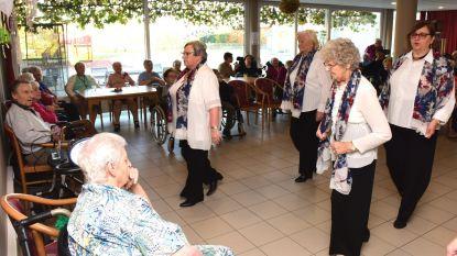 Linedancers sluiten Week van de Senioren af in WZC De Zwaluw