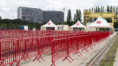 FOTOREEKS. Stad bouwt grootste corona testdorp op site Spoor Oost