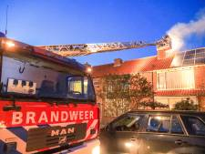 Brandweer rukt uit voor schoorsteenbrand in Hoogland
