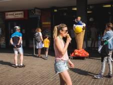 Warm Gent: wachtrijen aan de ijsbars, zonnekloppers worden wandelen gestuurd