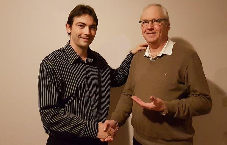 Marc Smans (N-VA) geeft zijn zitje in de gemeenteraad door aan zijn zoon Bart.