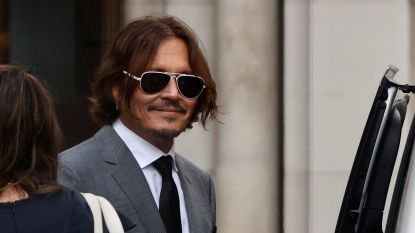 """Persoonlijke assistent Johnny Depp getuigt: """"Amber Heard was de misbruiker"""""""