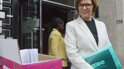 Unia treft homofoob boek aan dat oproept tot steniging homo's in Antwerpse boekenwinkels