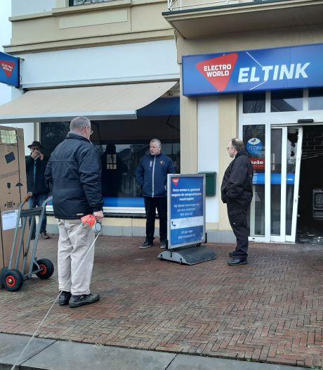 Harry Eltink wil zo snel mogelijk terug naar normaal na brand in winkelpand