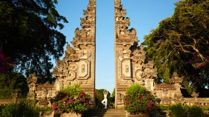 """Bali is respectloze gedrag van toeristen beu: """"Poseren in bikini voor tempels is blasfemie"""""""